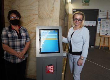 Urząd Miasta w Żorach uruchamia system kolejkowy. Jak zarezerwować wizytę?