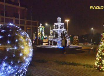 Świąteczne iluminacje dodają uroku - Pawłowice [WIDEO]