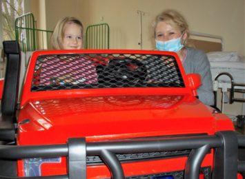 Samochodem na blok operacyjny. Więcej uśmiechu, mniej stresu