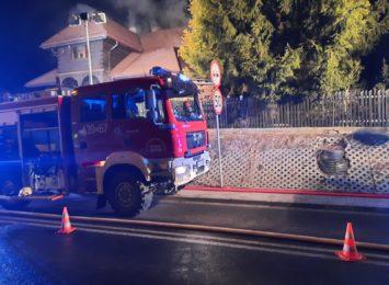 Pożar domu w Istebnej. 19 osób uciekło z budynku