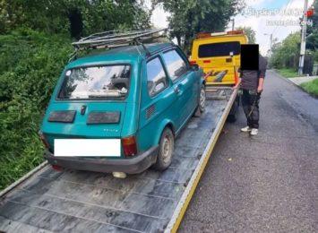 Jastrzębie-Zdrój: 74-latek uciekał przed policją małym fiatem