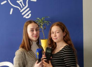 Młodzież z Pawłowic popularyzuje język migowy. Znajdziesz ich w internecie [WIDEO]