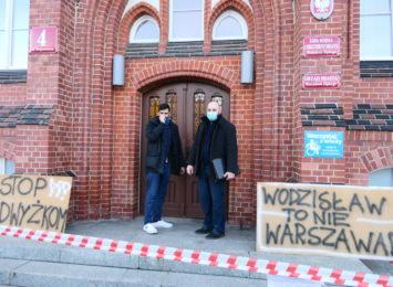 Wodzisław Śląski: Mieszkańcy protestują przeciwko podwyżkom czynszów [WIDEO,FOTO]