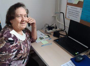 Radio 90 z wizytą w miejscu, gdzie odbierany jest telefon zaufania dla seniorów [WIDEO]