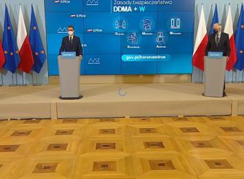 Trwa konferencja w kancelarii premiera. Co z obostrzeniami? [LIVE]