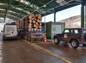Przeładowane transporty z drewnem ze Słowacji