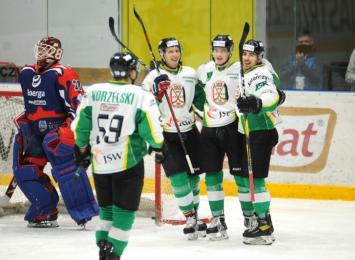 JKH GKS Jastrzębie wygrywa mecz na zakończenie sezonu zasadniczego