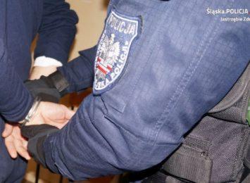 Areszt za narkotyki i wymuszenie zwrotu pieniędzy