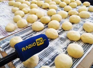 Radio 90 smaży pączki z Kołem Gospodyń Wiejskich w Jankowicach [WIDEO]