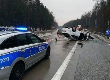 Żory: Po wypadku zablokowany pas w kierunku Wisły [FOTO] [AKTUALIZACJA]