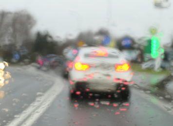 Oblodzenia i śnieg dziś w nocy. Kierowcy uważajcie na drogach!