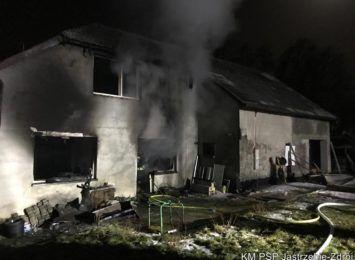 Pożar domu przy Okopowej w Jastrzębiu-Zdroju [FOTO]