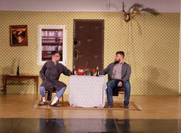 """Kabaret Młodych Panów w Wodzisławiu: """"My jak te zwierzęta wypuszczone z klatki"""""""