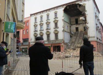 """Są zarzuty w sprawie zawalenia się """"Świerklańca"""" w Rybniku, usłyszał je kierownik budowy"""