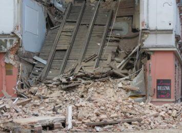 Powiatowy Inspektor Nadzoru Budowlanego: ''Przyczyną katastrofy budowlanej były prowadzone wewnątrz prace''