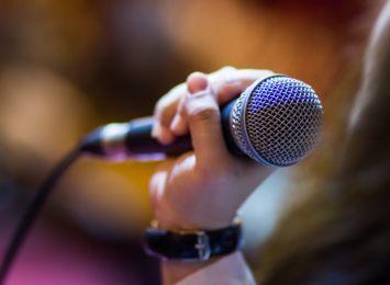 Folk, jazz i poezja! Koncert zespołu Chwila Nieuwagi online w WCK
