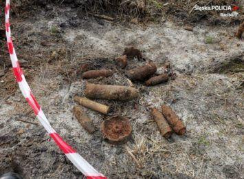 Niewybuchy w Ponęcicach i Nędzy. Pocisk moździerzowy odnalazł podczas prac polowych rolnik