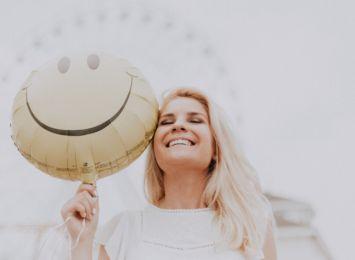 Dzień Pozytywnych Wiadomości w Radiu 90: Na skróty po szczęście! Jak budzić się z uśmiechem?