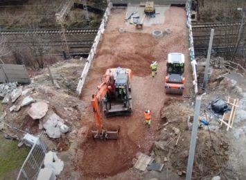 Zmienna pogoda utrudnia prace na wiadukcie na ulicy Mariackiej w Radlinie