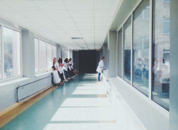 Koronawirus: Kolejne zawody z uprawnieniami do wykonywania szczepień
