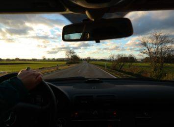 Jastrzębie-Zdrój: Wsiedli za kierownicę samochodu pomimo zakazu