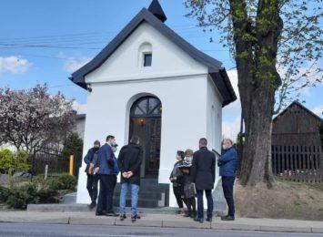 Zabytkowa kapliczka w Gogołowej wyremontowana