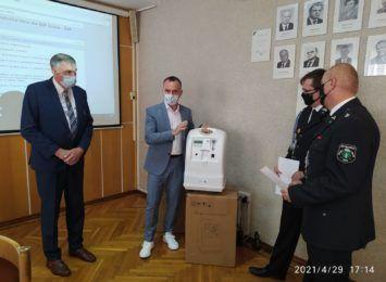 Koncentratory tlenu trafiły do strażaków ochotników z gminy Godów
