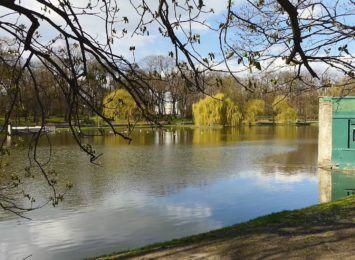 Park Roth w Raciborzu gotowy na wiosnę? Remont jest już na ukończeniu [WIDEO]