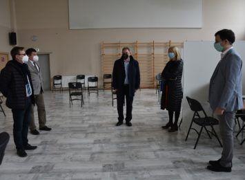 NFZ weryfikuje punkty szczepień, dziś był w Czerwionce-Leszczynach