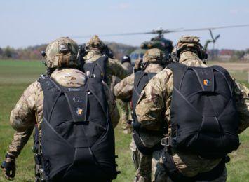 Wojsko sił specjalnych ćwiczy w Rybniku. Zobacz komandosów w akcji [FOTO, WIDEO]