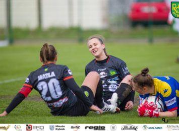 Piłkarki TS ROW Rybnik przegrywają w Łodzi 0:10