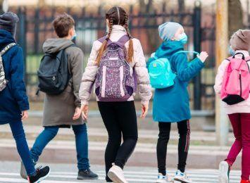 Czy ktoś zaczepiał dzieci przed szkołą w Rydułtowach? Sprawdza to wodzisławska policja