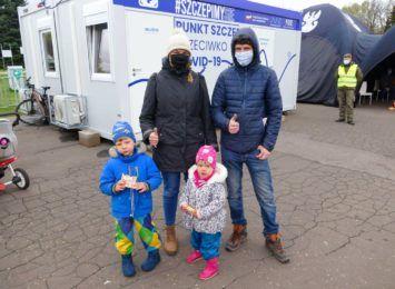 """3120 zaszczepionych na Śląsku. Podsumowano akcję  """"Zaszczep się w majówkę"""""""