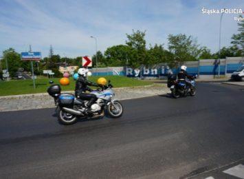 """Policja do motocyklistów: """"Ważne, by nie przeceniać swoich możliwości"""" [FOTO,WIDEO]"""