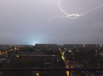 Nocna burza przeszła nad regionem. Zobacz nasz film nagrany w Rybniku [WIDEO]