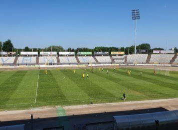 ROW Rybnik pożegnał się z III ligą. Piłkarze podejmowali na własnym stadionie Lechię Zielona Góra