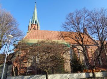 Racibórz: 400 tysięcy złotych z budżetu miasta na remont dachu Kościoła Farnego