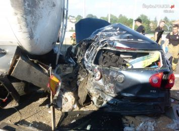Kierowca zmarł w szpitalu. Tragiczny finał wypadku na A4 [FOTO]