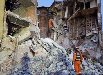 Strażacy z Jastrzębia pomagali przeszukiwać teren po katastrofie budowlanej w Chorzowie