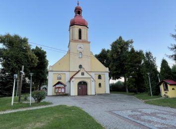 """Kolejna niedziela """"3w1"""" w Rydułtowach. Tym razem przy kościele w Radoszowach"""