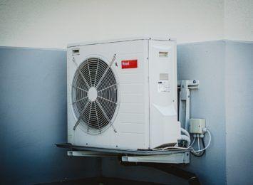 Klimatyzacja domowa: ile trzeba zainwestować? Ile kosztuje używanie?