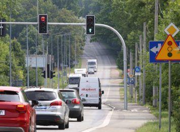 Rybnik: Są światła na skrzyżowaniu ulic Łukowa-Rybnicka w Ochojcu. Ma być bezpieczniej