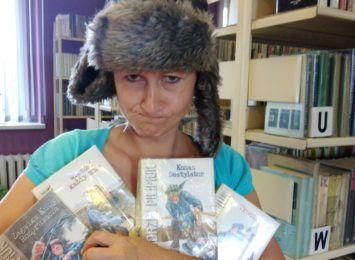Książka na wakacje. Poleca biblioteka w Gorzycach
