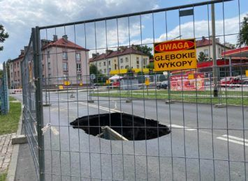 Kolejowa w Cieszynie. Droga zamknięta do odwołania, nawet przez miesiąc