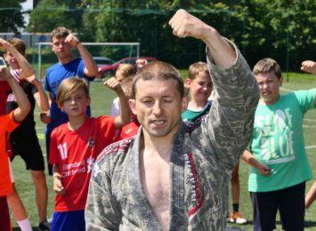 Dzieciaki z Pszowa spędziły wakacyjny dzień na sportowo! Mamy film i zdjęcia [WIDEO, FOTO]
