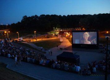 Plenerowe Kino Letnie w Wodzisławiu. Głosuj co chcesz zobaczyć