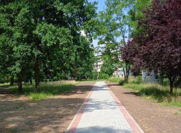 Mieszkańcy osiedla Staszica cieszą się z nowego chodnika