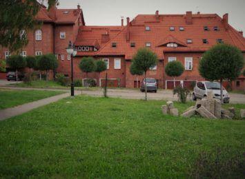 Pomysł na weekend: Szluchta w Radlinie. Można pograć w piłkę, można usiąść wśród lawendy [FOTO]