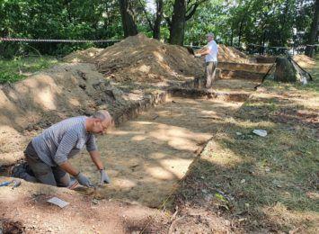 Archeolodzy pracują na wodzisławskim Galgenbergu. Co próbują odkryć, a co już odkryli?