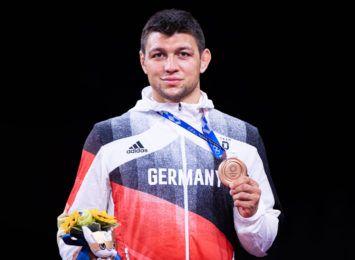 Kudla z medalem olimpijskim dla Niemiec